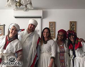 """אורחים בקהילה האתיופית ברחובות: עמיתי """"הינם"""""""