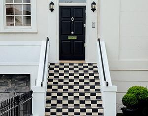 עיצוב בית בשחור ולבן – רק עם אדריכלית מנוסה