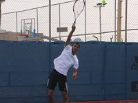 שחקני טניס? חובבי טניס?