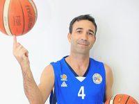 """הכדורסלן הוותיק של מכבי רחובות ינהל את ביה""""ס העירוני לכדורסל"""