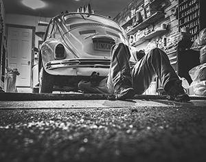 לתקן במוסך הסדר או פרטי