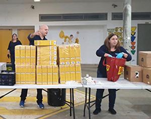 סיוע לאוכלוסיות מוחלשות: אתמול חולקו 1000 מנות של אוכל מוכן
