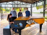 חדש במתחם בית התרבות: פסנתר רחוב לשימוש התושבים